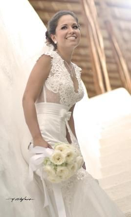 Berta Bridal Buy This Dress For A Fraction Of The Salon Price On PreOwnedWeddingDresses