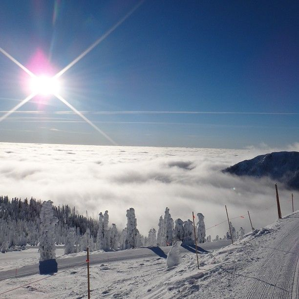 Red Mountain Resort Ski Area in Rossland , BC