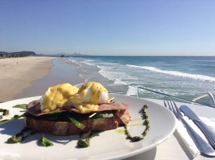 Currumbin Beach Vikings Surf Club - Eggs Benedict