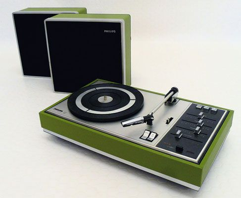 Restored 1970s Philips 815 record player methuselahpalooza