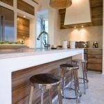 Diseños de desayunadores modernos con sillas altas