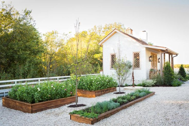 Jo's green thumb has been itching, and she's dreamed up an expansive new garden—complete with a potting shed to complement the Gaineses' century-old farmhouse, raised planting beds and a coop for Ella's chickens—that will grow with the family and blossom for decades to come.