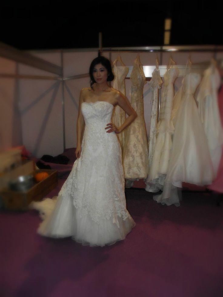Elegant wedding dress!!