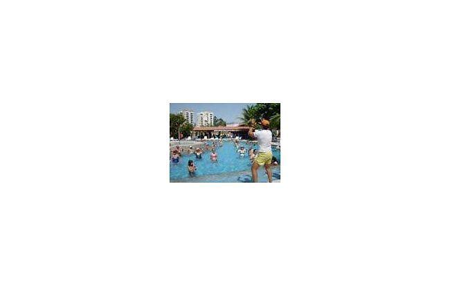 temporada caldas novas parque aquatico termal no centro apto p/ 5 pes...