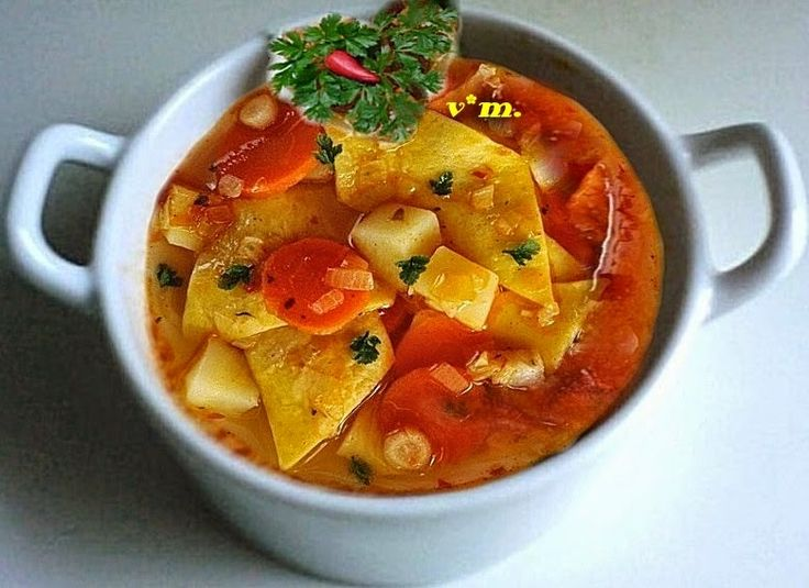 "Ciorbá ""lebbencs"".  sau láscutze uriase.  ingrediente / 4 portzii..."