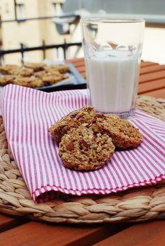 Podle dnešního receptu si můžete upéct své vlastní ovesné sušenky, které chutnají báječně ke kávě nebo kakau. Pokud máte rádi cereálie, můž...