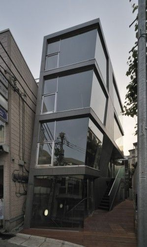 Unique In-Fill development by Architects: aat + makoto yokomizo architects, inc Location: Shibuya, Tokyo