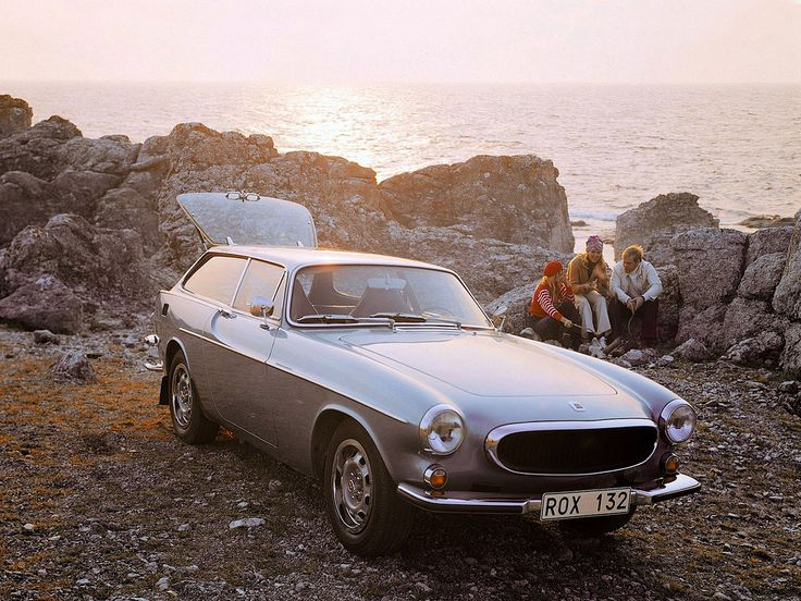 1000 images about volvo p1800 on pinterest. Black Bedroom Furniture Sets. Home Design Ideas