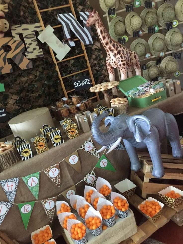 Amazing safari birthday party! See more party ideas at CatchMyParty.com!