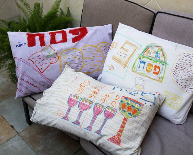Passover Kid's Craft: Decorate Pillowcases For The Seder