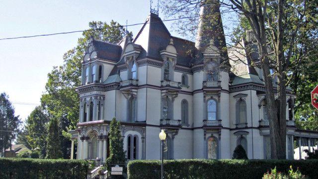 Batcheller Mansion Inn Hotel