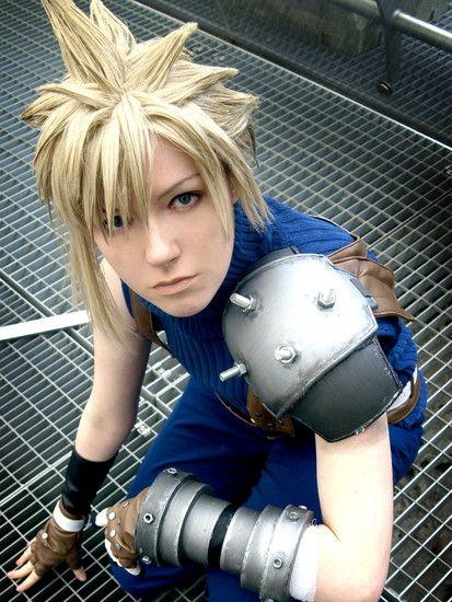 Cloud Strife, Dissidia Final Fantasy version. Cosplay by Maryru.