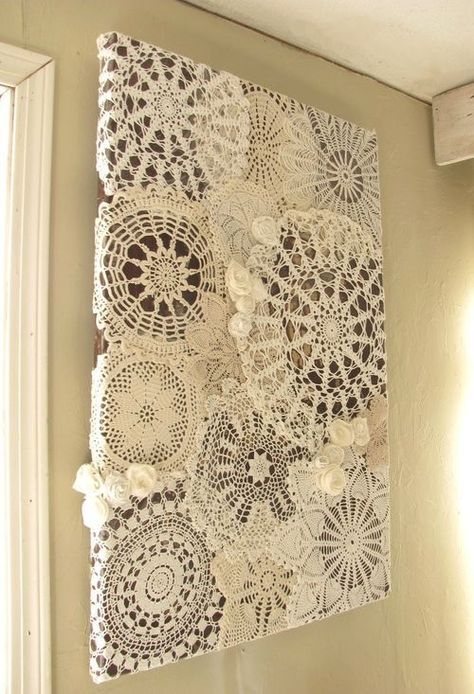 Gosto Disto!: Quadros com toalhinhas de crochê - Framed crochet doilies