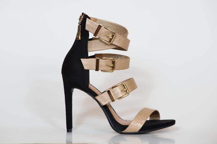 #blackandgold #fashion #noche #fiesta #graduacion #zapatos
