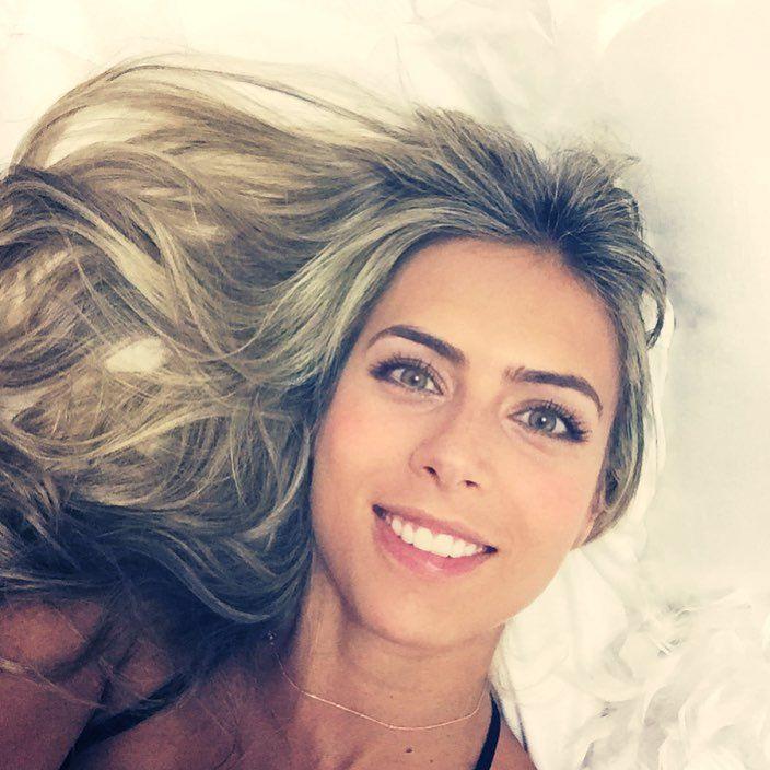 """Ana Sofia Henao - Que nunca nos sobre un beso, una abrazo, una sonrisa, un """"te perdono"""". Celebremos la vida siempre!!!"""
