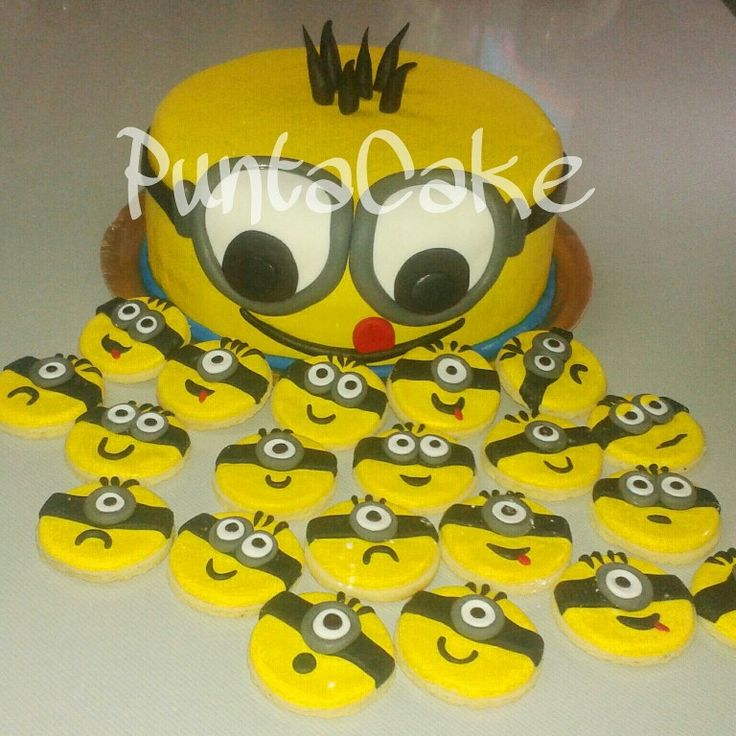 Cake and cookies Minions