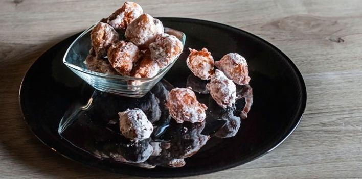 Frittelle di castagne. Per leggere la ricetta:  http://myhome.bormioliroccocasa.it/myhome/it/home/spazio-alle-idee/idee-chef/frittelle-castagne.html