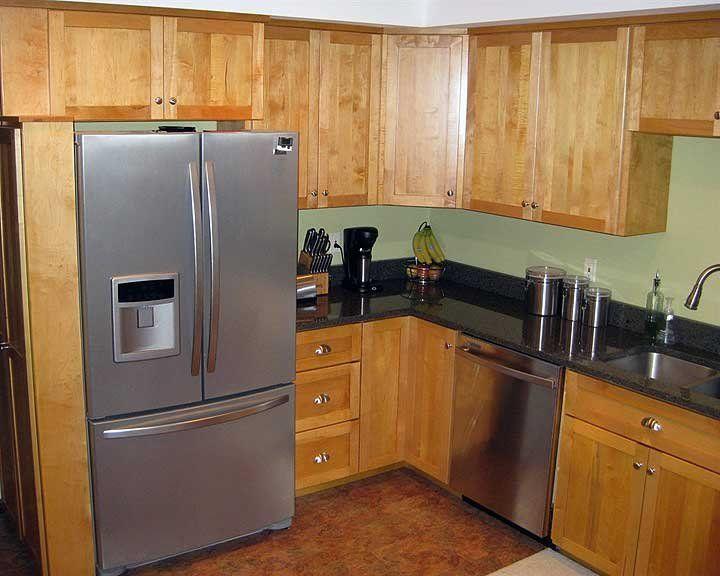 maple wood kitchen cabinets