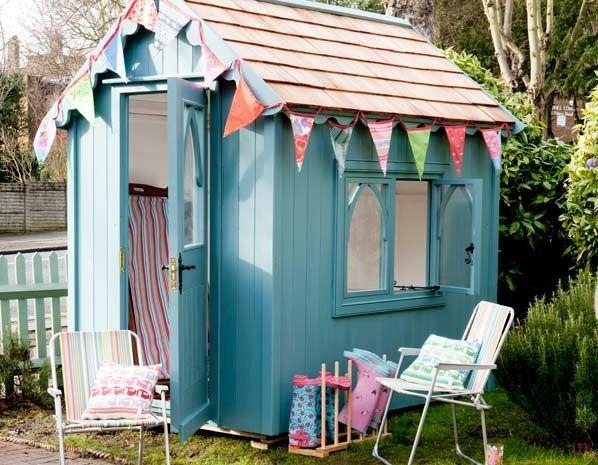 Beach hut shed. Who ever said sheds were a standard design, not @Matty Chuah Posh Shed Company