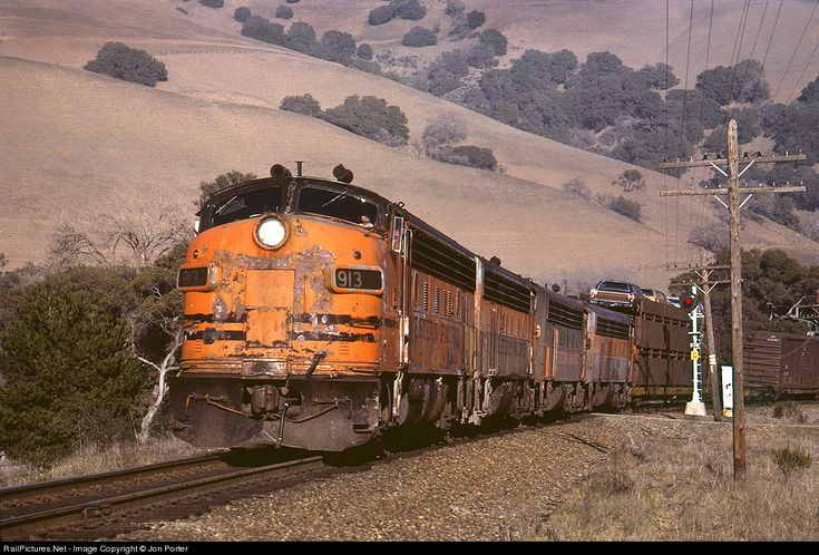 RailPictures.Net Photo: WP 913 Western Pacific EMD F7(A) at Sunol, California by Jon Porter