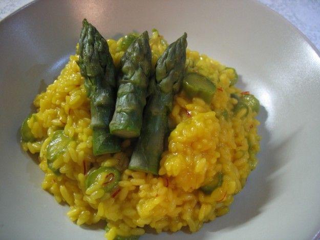 Risotto uova e asparagi classico