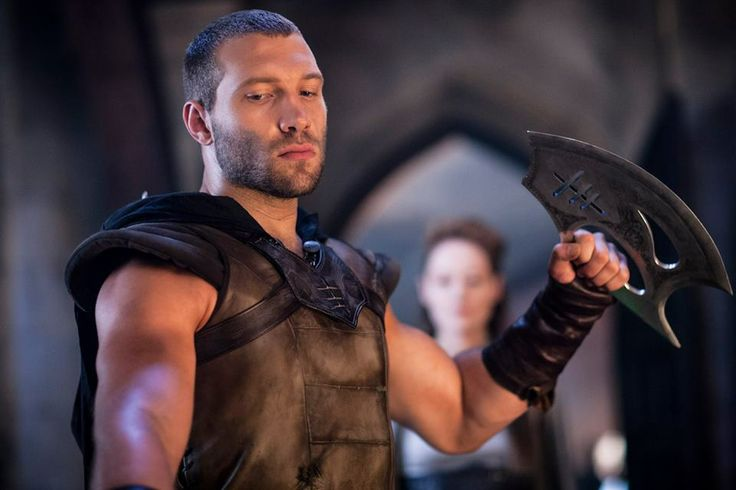 Jai Courtney in I, Frankenstein