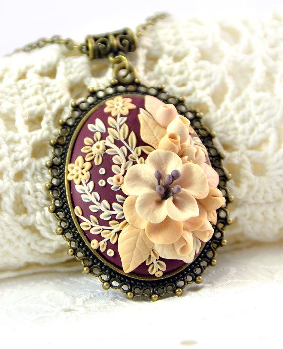 Hey, I found this really awesome Etsy listing at https://www.etsy.com/il-en/listing/238750794/floral-pendant-applique-beige-ivory