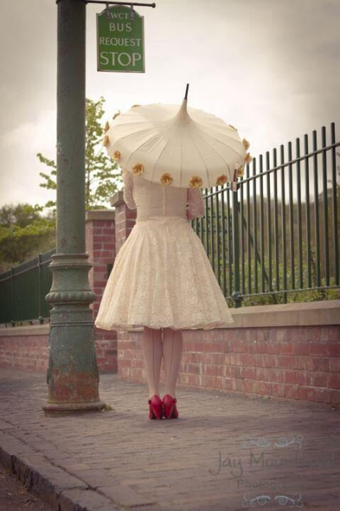 Ivory And Gold Flower Time Wedding Umbrella Http Www Loveumbrellas Co Uk Umbrellas By Love Pinterest Vin