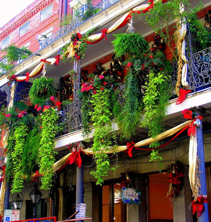 18 best holiday apartment balconies images on pinterest for Apartment balcony christmas decoration ideas