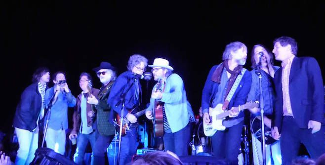 Jeff Tweedy, Corin Tucker, R.E.M.'s Mike Mills and Peter Buck Cover David Bowie