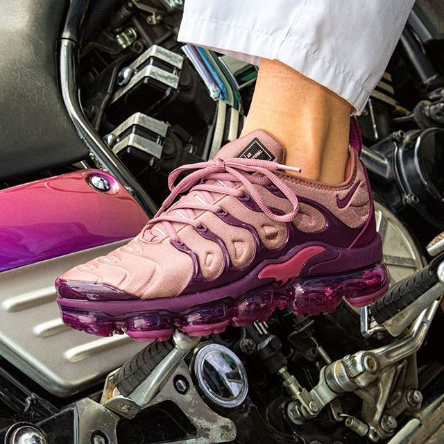huge discount d9753 f9829 Nike Air VaporMax Plus | 'Burgundy' Exclusive DS | Womens ...