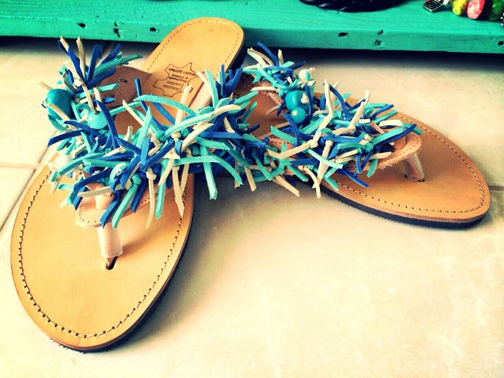 Handmade leather sandals by Nantia