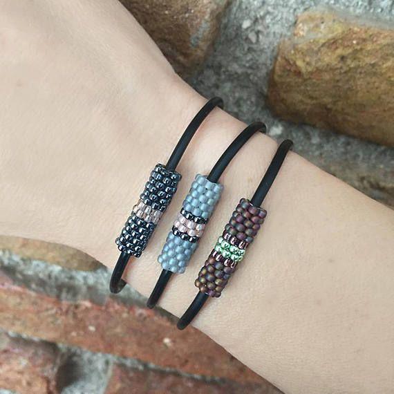 Minimalist bracelet, Delicate bracelet, Simple bracelet, String bracelet, Adjustable bracelet, Gift for her, Christmas gifts, Mom birthday