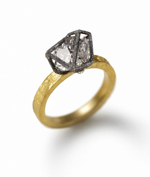 Ring-with-Diamond-Cage
