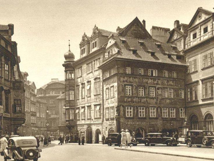 Dům U minuty- Staroměstské náměstí