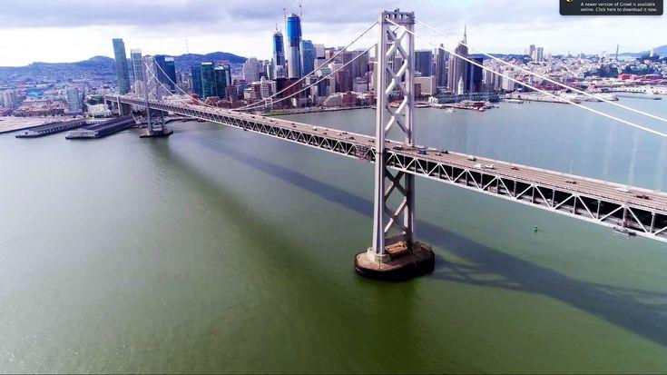 De Golden Gate Bridge is een hangbrug over de zeestraat Golden Gate, de opening van de Baai van San Francisco in de Stille Oceaan. De brug maakt deel uit van zowel U.S. Route 101 als de California State Route 1 en verbindt het Schiereiland van San Francisco met Marin County ten noorden van de metropool San Francisco. De Golden Gate Bridge is een van de meest herkenbare symbolen van San Francisco en de staat Californië.
