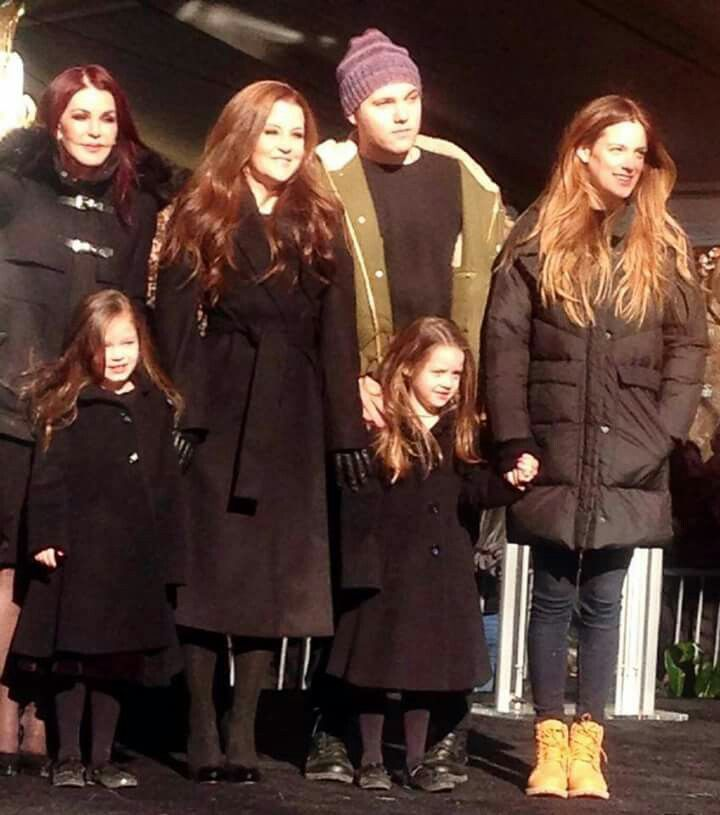Priscilla Beaulieau Presley, Lisa Marie Presley, Ben Keough, Riley Keough, Harper and Finley Lockwood