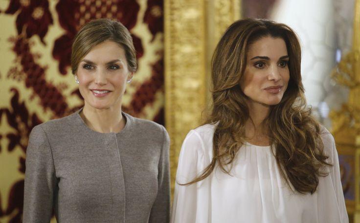 Wow! Dit zijn de #royallooks van koninginnen Letizia en Rania >> #style
