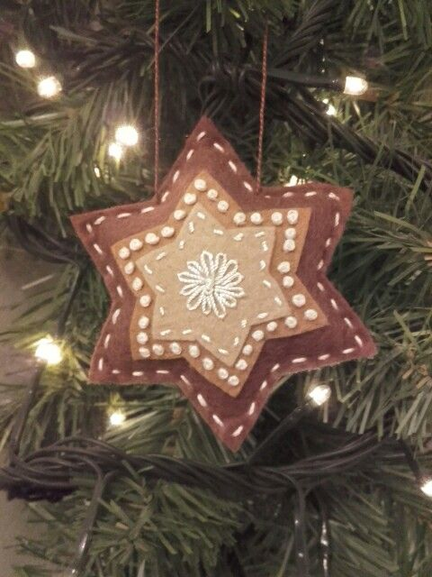 Felt - Christmas - gigerbread ornament.
