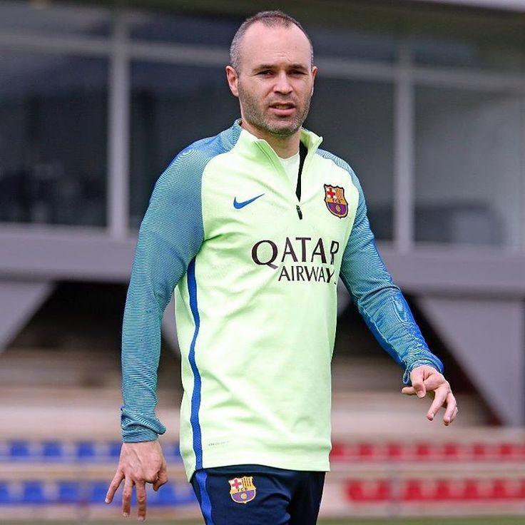 Preparando el partido contra Las Palmas! Força Barça!! 📸by @miguelruizfcb