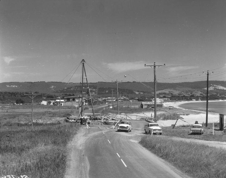 1960 Constructing bridge at Safety Beach Mornington-Dromana Road. www.vicroads.vic.gov.au/centenary