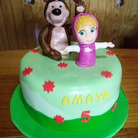 #Masha_Y_Oso #fondant #cake by Volován Productos   #Маша_и_Медведь #instacake #Chile #puq #VolovanProductos #Cakes