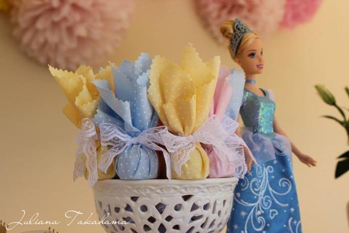 Disney Princess Party via Kara's Party Ideas   Kara'sPartyIdeas.com #DisneyPrincess #PartyIdeas #Supplies #SnowWhite #Cinderella (27)