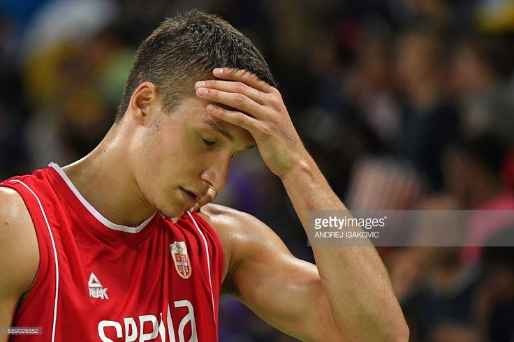 Serbia's shooting guard Bogdan Bogdanovic reacts after losing to USA during a Men's round Group A basketball match between USA and Serbia at the Carioca Arena 1 in Rio de Janeiro on August 12, 2016 during the Rio 2016 Olympic Games. / AFP / Andrej ISAKOVIC