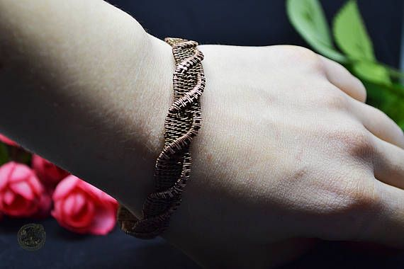 A bracelet Copper River
