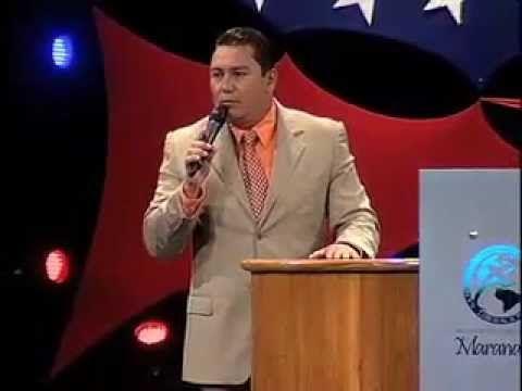 Los beneficios de oír a Dios. Pastor Javier Bertucci (Domingo 10-07-2011) - YouTube