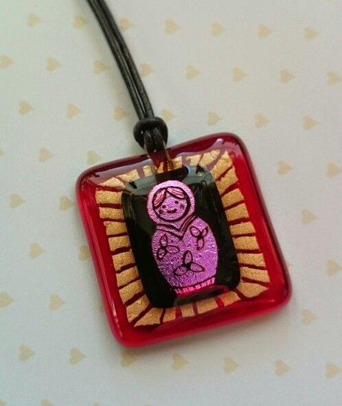 Fused glass pendant. Handmade by Lea Varis.