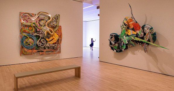 <p>The Museum of Modern Art in San Francisco has developed an atypical system for the public to enjoy the maximum number of pieces in its rich collection. Anyone who sends an SMS to the number indicated by specifying the type of work that he wants to see receives a visual […]</p>