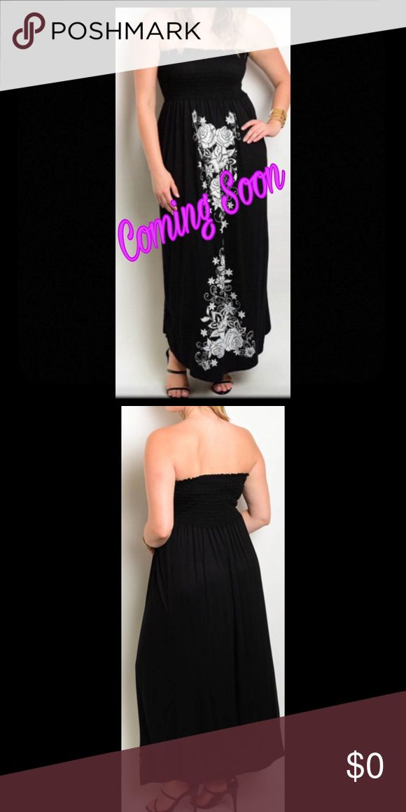 ⚡️NEW ARRIVAL⚡️ SLEEVELESS TUBE MAXI DRESS WITH A FITTED TOP AND SQUARE NECKLINE WITH FLORAL PRINT DESIGN DETAILS. Dresses Maxi