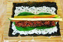 Have you heard of myulchu gimbap(멸추김밥)? It'sa relatively new variation of gimbap (or kimbap)that was created by agimbap franchise in Korea. Basically, it's gimbap made with myulchi bokkeum(stir-fried dried anchovies)as the main filling.The myulchi bokkeumfillingis made withgenerous amounts ofgochujang (chili pepper paste)and gochu (chili peppers). The wordmyulchu is a portmanteau that combines myulchiand gochu, and …